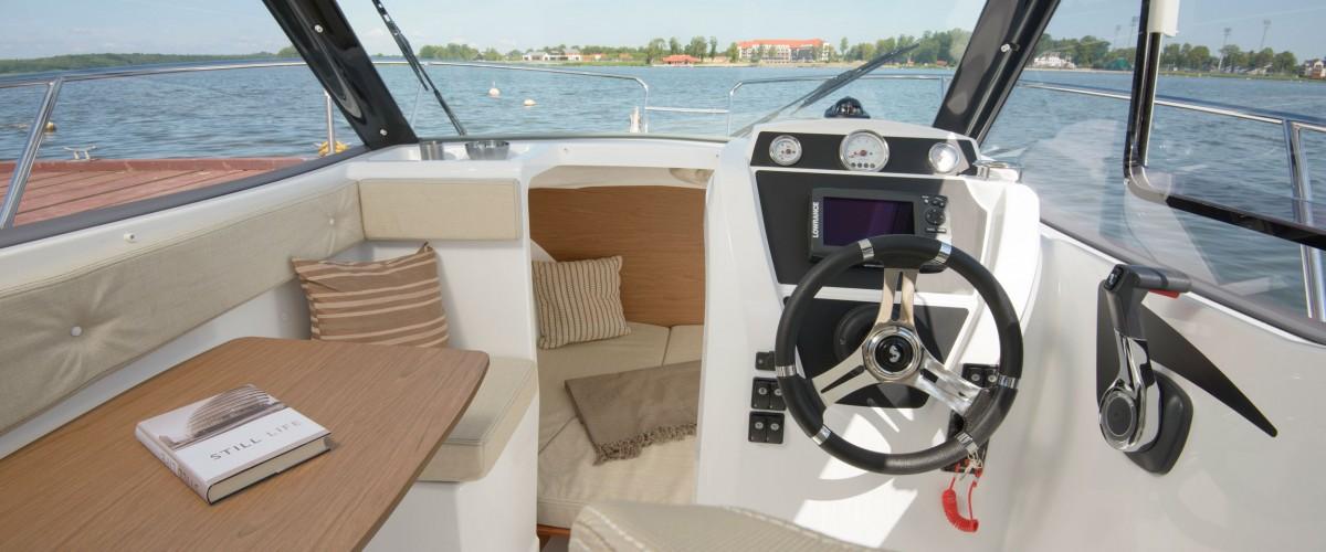 Motorbootmiete Motorbootführerschein lernen powerboat lessons Kategorie A Bootsmiete Motorbootfahrt motorbootfahren Bootfahrten Bootsfahrten Bootsfahrt